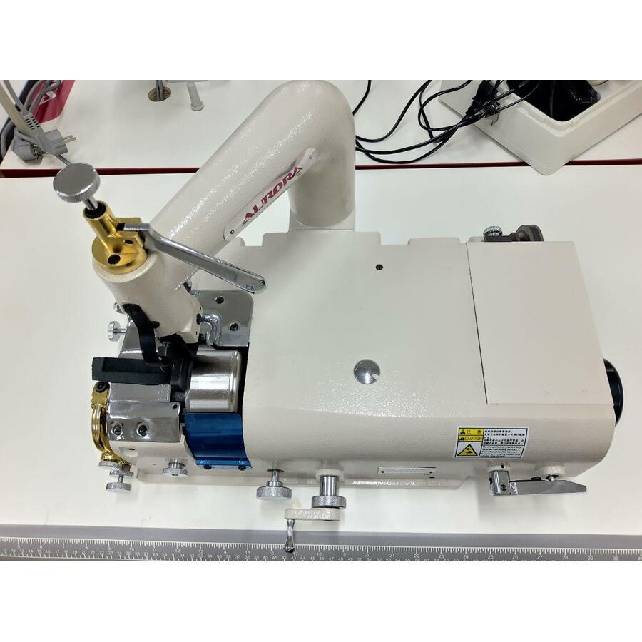 Aurora A-801 машина для спуска края кожи